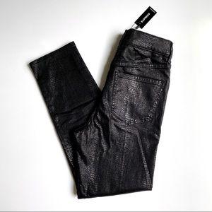 NWT Express High Waist Black Snakeskin Mom Jeans